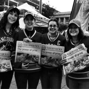 The LAUG's representing Raise-A-Reader 2013 in Canuck style!